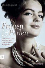 Frauen und Perlen