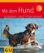 Mit dem Hund spielen und trainieren