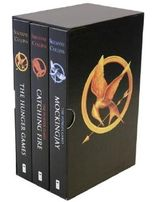 The Hunger Games Trilogy Boxset by Suzanne Collins (2013-09-24)