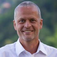Jürgen T. Knauf