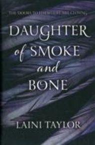 Daughter of Smoke and Bone. Daughter of Smoke and Bone - Zwischen den Welten, englische Ausgabe
