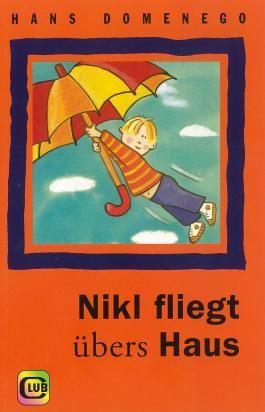 Nikl fliegt übers Dach