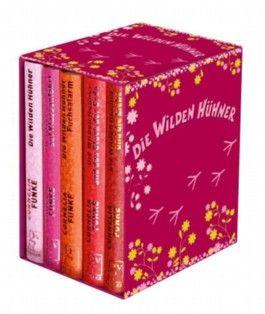Die wilden Hühner. 5 Bände im Schuber (Die wilden Hühner auf Klassenfahrt + Die wilden Hühner + Die wilden Hühner und die Liebe + Die wilden Hühner und das Glück der Erde + Fuchsalarm)